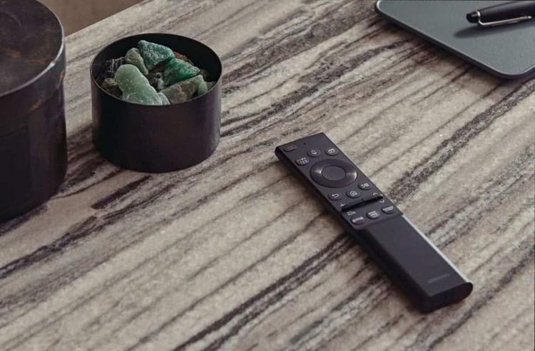 Samsung Solar TV uzaktan kumandasını tanıttı